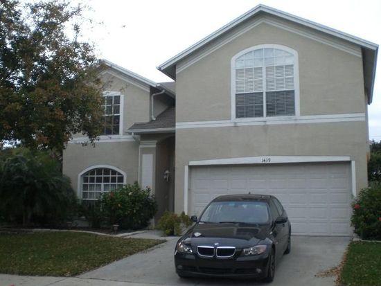 1439 Scotch Pine Dr, Brandon, FL 33511