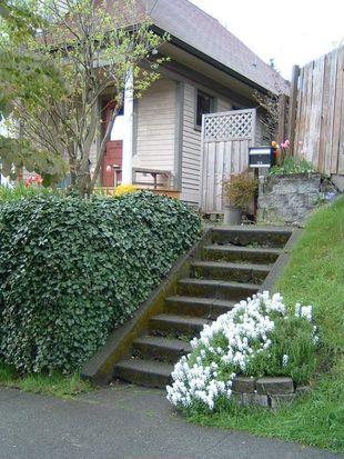 1216 E John St, Seattle, WA 98102