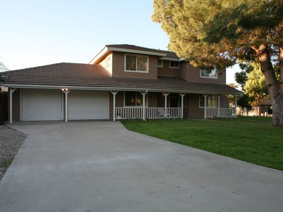 23603 Scarbery Way, Ramona, CA 92065