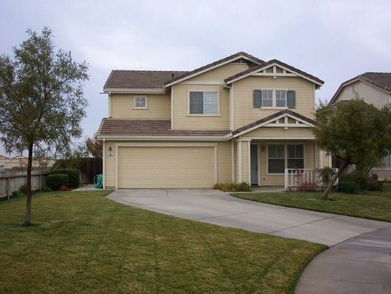34 Barth Ct, Woodland, CA 95776