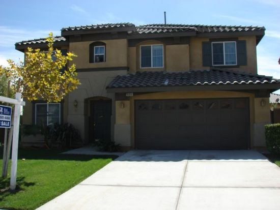 16859 Maidstone Ln, Fontana, CA 92336