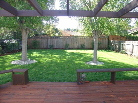 738 Crompton Rd, Redwood City, CA 94061