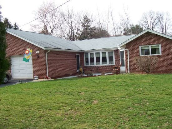 63 Russell Rd, Phoenixville, PA 19460