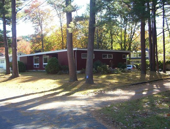 5 Adams Ave, Portsmouth, NH 03801