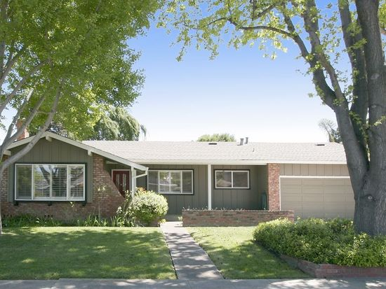 2743 Doverton Sq, Mountain View, CA 94040