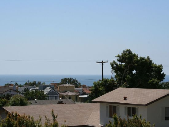 978 Van Nuys St, San Diego, CA 92109