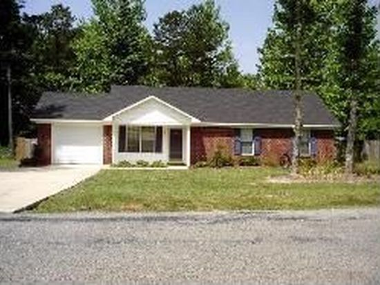 1597 Horseshoe Cir, Starkville, MS 39759