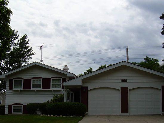 2S143 Avondale Ln, Lombard, IL 60148