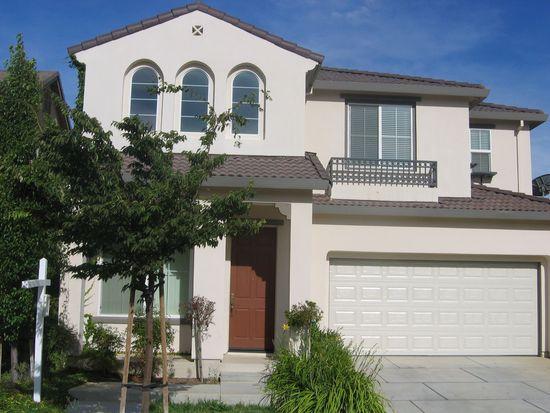 348 Goodwin St, Tracy, CA 95391
