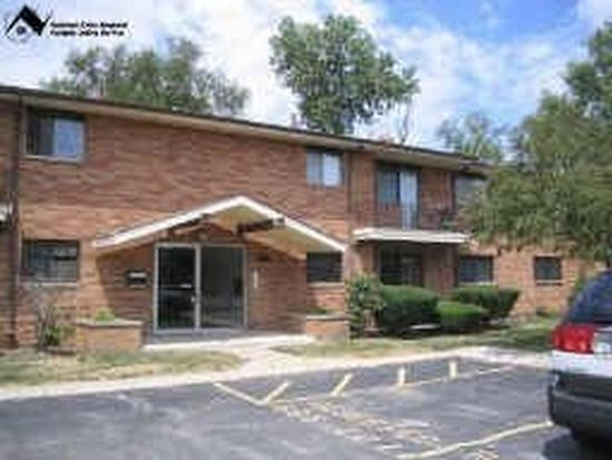 24655 Clareshire Dr APT 103, North Olmsted, OH 44070