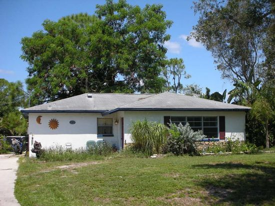 7507 Hickory Dr, Fort Myers, FL 33967