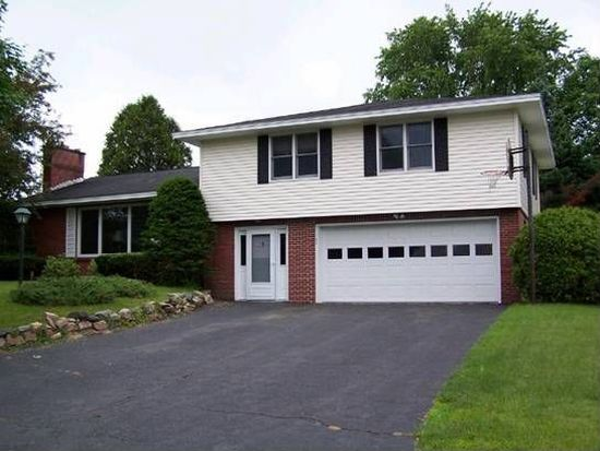 105 Lucia Dr, Pittsfield, MA 01201