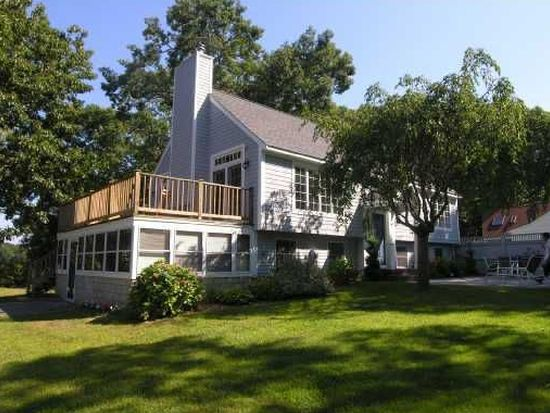 39 Russell Dr, North Kingstown, RI 02852