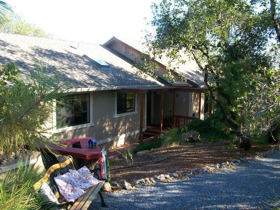 2071 Bogus Point Ct, Cool, CA 95614