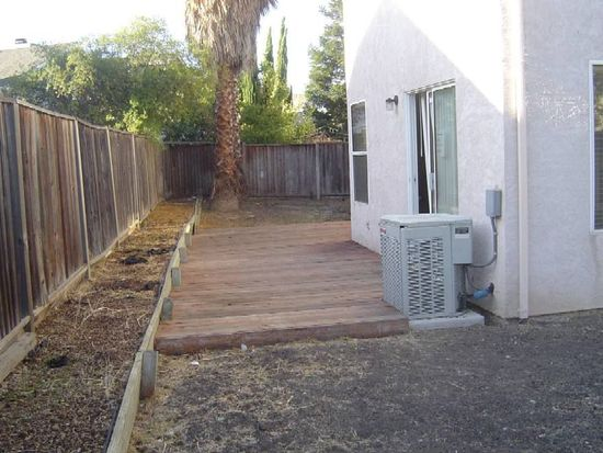 411 Waterford Ct, Oakley, CA 94561