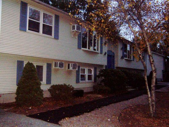 6 Harvard St UNIT 6, Cranston, RI 02920