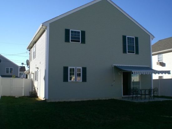 232 Reeves St, Fall River, MA 02721