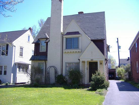 3585 Normandy Rd, Shaker Hts, OH 44120