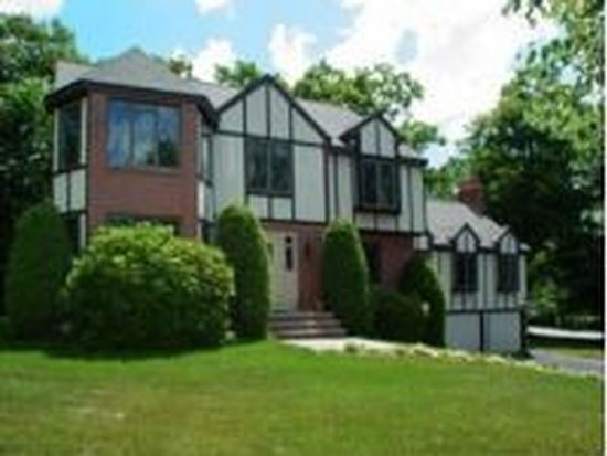 315 Candlestick Rd, North Andover, MA 01845