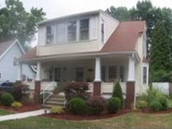 164 Dougherty Ave, Sharon, PA 16146