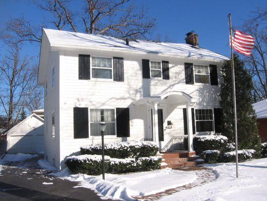 1265 Saint Johns Ave, Highland Park, IL 60035
