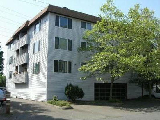 555 N 105th St APT 404, Seattle, WA 98133