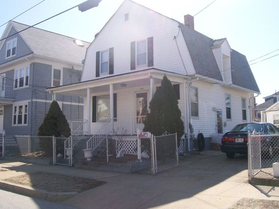 224 California Ave, Providence, RI 02905