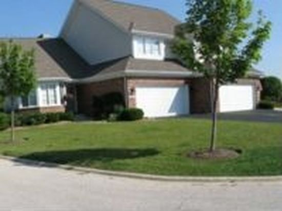32958 N Stone Manor Dr, Grayslake, IL 60030