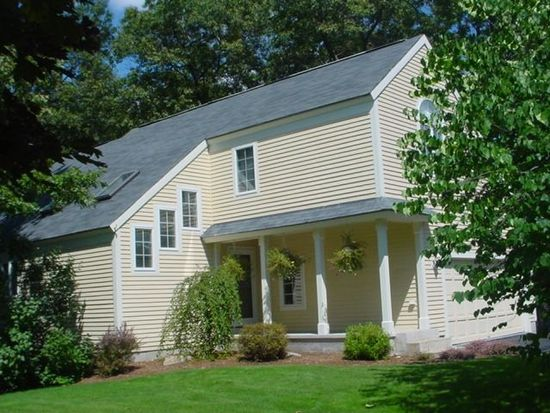 29 Chad Rd, Manchester, NH 03104