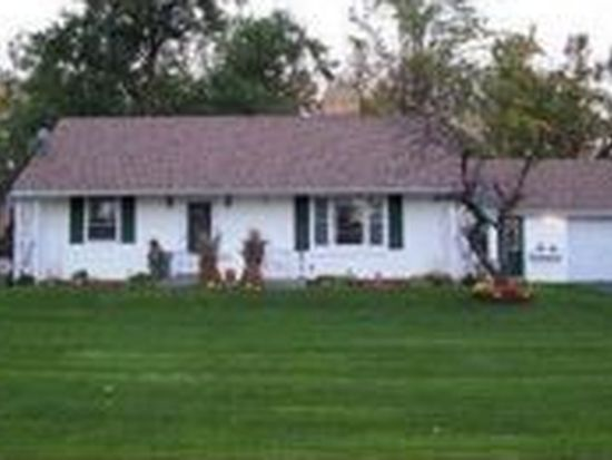 4960 Alexander Dr, Clarence, NY 14031