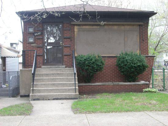9637 S Avenue N, Chicago, IL 60617