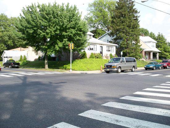 3301 Rhawn St, Philadelphia, PA 19136