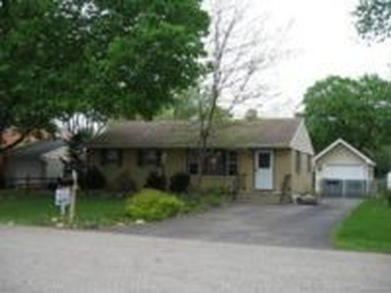 7509 Hemlock St, Crystal Lake, IL 60014