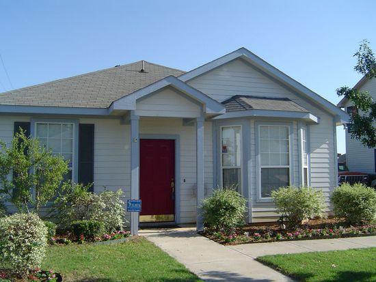 3016 Newport Ave, Denton, TX 76209
