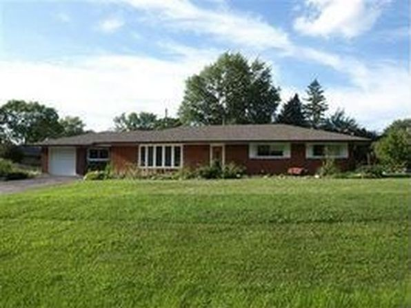 3 bed 2 bath Single Family at 9352 Shawhan Dr Dayton, OH, 45458 is for sale at 180k - 1 of 94