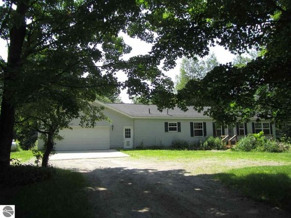 3 bed 2 bath Single Family at 8393 Cunningham Rd Mancelona, MI, 49659 is for sale at 123k - 1 of 76