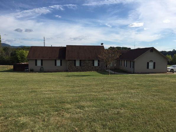 3 bed 3 bath Single Family at 3324 Centennial Church Rd Maryville, TN, 37804 is for sale at 409k - 1 of 37