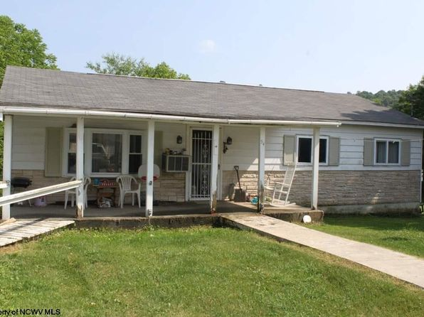 3 bed 2 bath Single Family at 54 Gauley Ave Cowen, WV, 26206 is for sale at 30k - 1 of 11