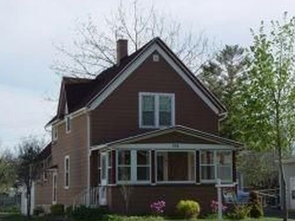 2 bed 2 bath Single Family at 396 W Scott St Fond Du Lac, WI, 54937 is for sale at 77k - 1 of 11
