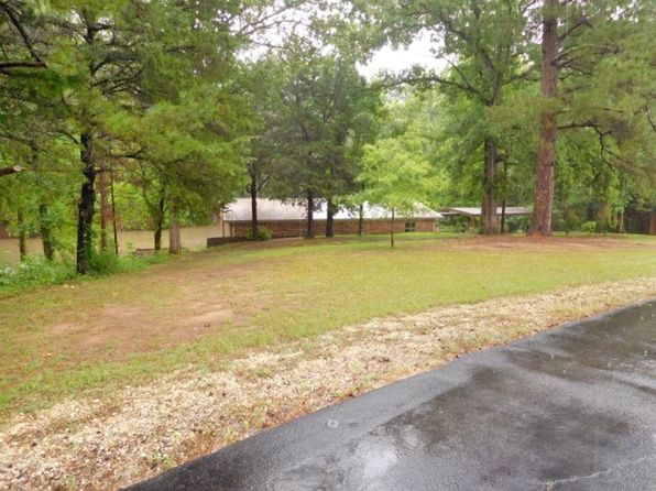 2 bed 2 bath Single Family at 177 County Road 3818 Troup, TX, 75789 is for sale at 250k - 1 of 61