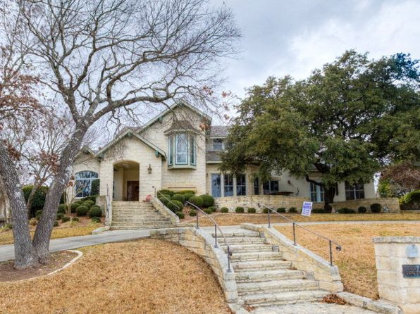 3 bed 5 bath Single Family at 404 Overlook Dr Kerrville, TX, 78028 is for sale at 632k - 1 of 70