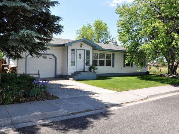 3 bed 1 bath Single Family at 1010 Aspen Dr Saint Anthony, ID, 83445 is for sale at 125k - 1 of 17