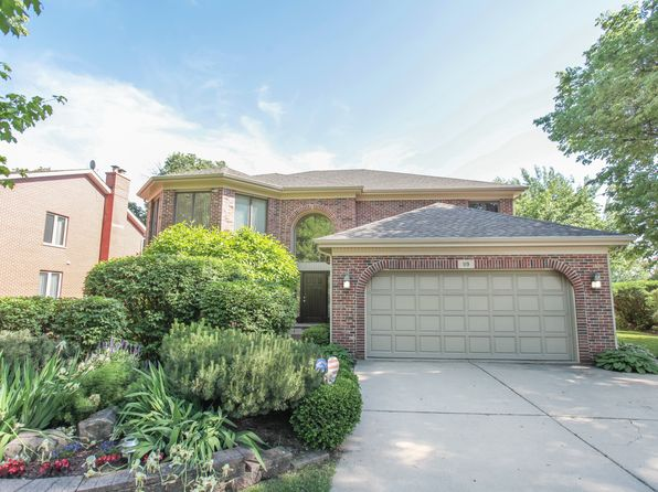 5 bed 3 bath Single Family at 119 W Lonnquist Blvd Mount Prospect, IL, 60056 is for sale at 560k - 1 of 38