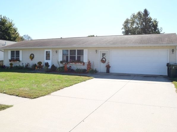 2 bed 1.5 bath Single Family at 730 Dilenbeck Dr Geneseo, IL, 61254 is for sale at 129k - 1 of 17