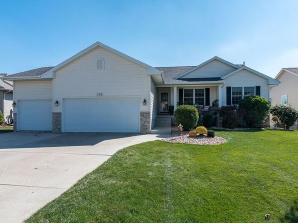 4 bed 3 bath Single Family at 385 W Broadmoor Dr Eldridge, IA, 52748 is for sale at 330k - 1 of 18