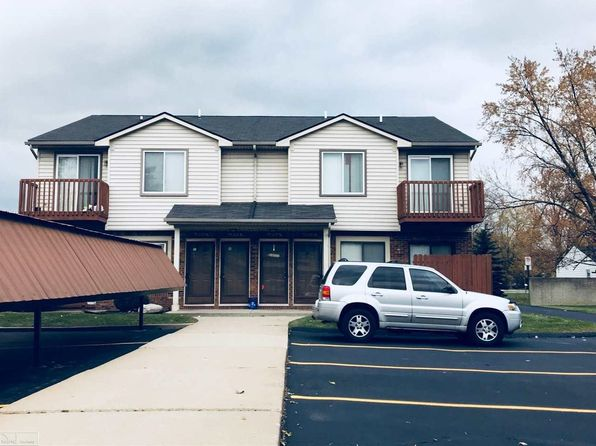 2 bed 1 bath Condo at 18916 E 14 Mile Rd Roseville, MI, 48066 is for sale at 56k - google static map
