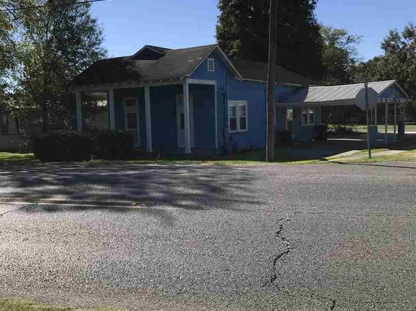 3 bed 1 bath Single Family at 702 Veterans Blvd Donaldsonville, LA, 70346 is for sale at 70k - 1 of 2