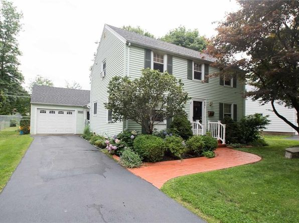 3 bed 1 bath Single Family at 391 Malden St Rochester, NY, 14615 is for sale at 113k - 1 of 25
