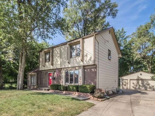 3 bed 3 bath Single Family at 2906 49th Pl Des Moines, IA, 50310 is for sale at 193k - 1 of 22