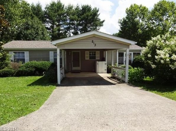 3 bed 2 bath Single Family at 213 Misty Ln Hendersonville, NC, 28739 is for sale at 95k - 1 of 17